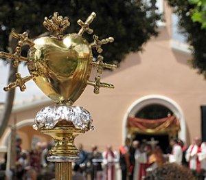 El fervor por el 'Lignum Crucis' une al municipio de Granja con pueblos murcianos
